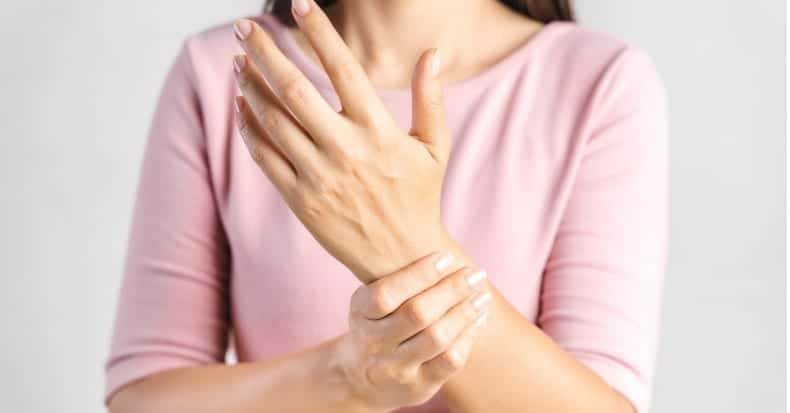 Traction for Carpal Tunnel Syndrome   Connecticut Disc and Laser Therapy Centers   Dr. James J. Dalfino